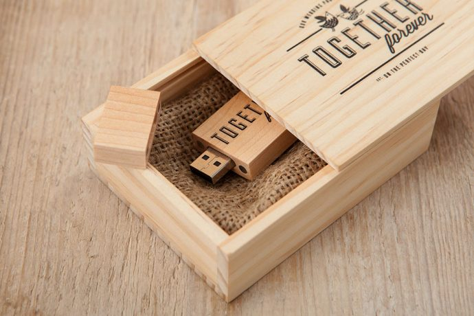 Wooden-USB-Box-10